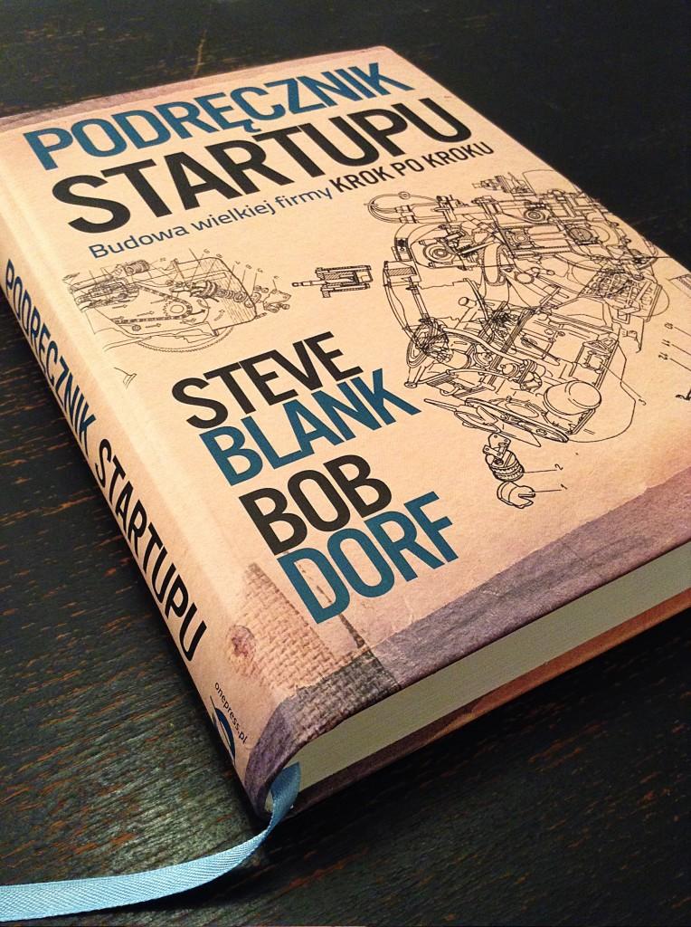 książka podręcznik startupu okładka przód